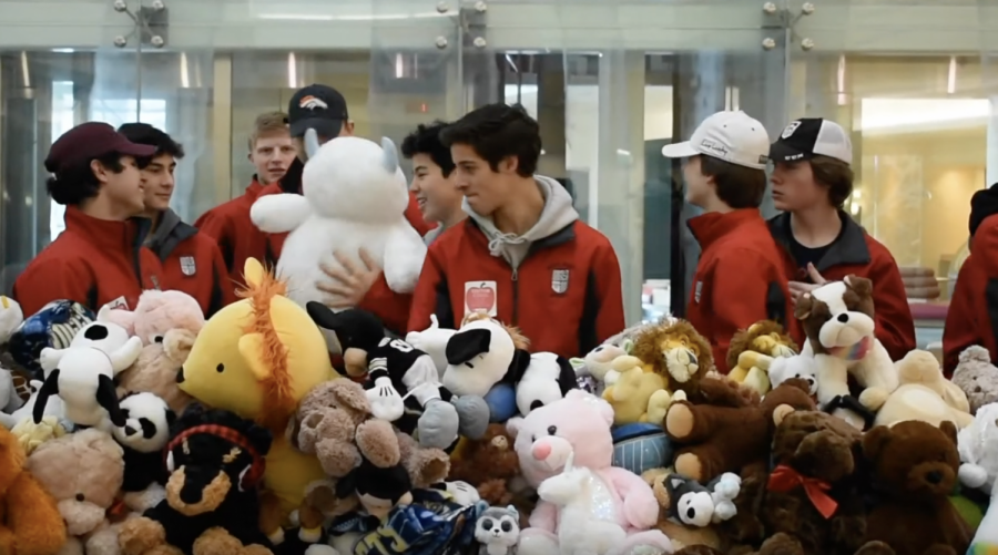 RJ Hockey Delivers Teddy Bears to Children